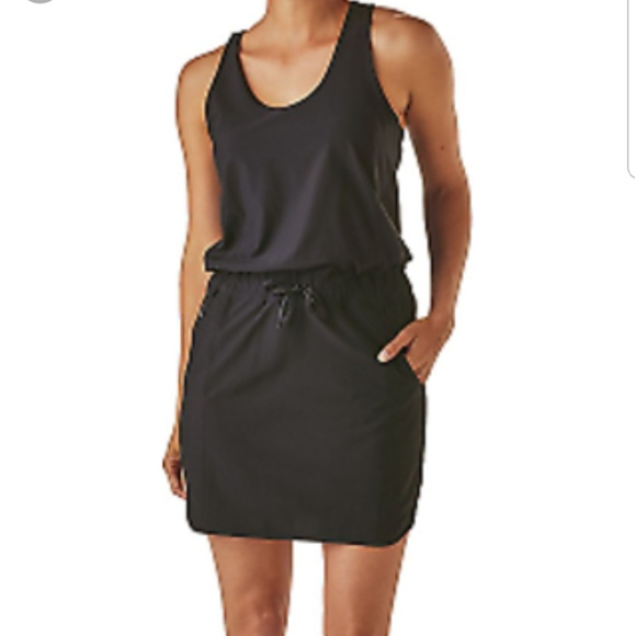 a108a8bb9d4b Patagonia Women s Fleetwith Dress in Black. M 5bdb89d6819e90de696cb514